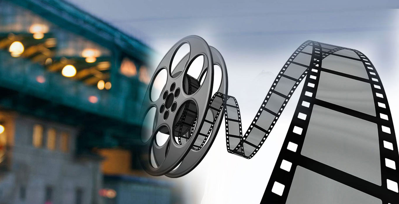 GET SET ON YOUR COUCH FOR MOVIE TIME